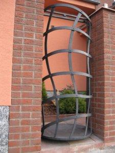 Umělecké kovářství Petr Slezák – Brány, ploty